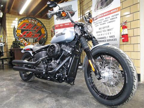 2020 Harley-Davidson Street Bob® in South Saint Paul, Minnesota - Photo 3