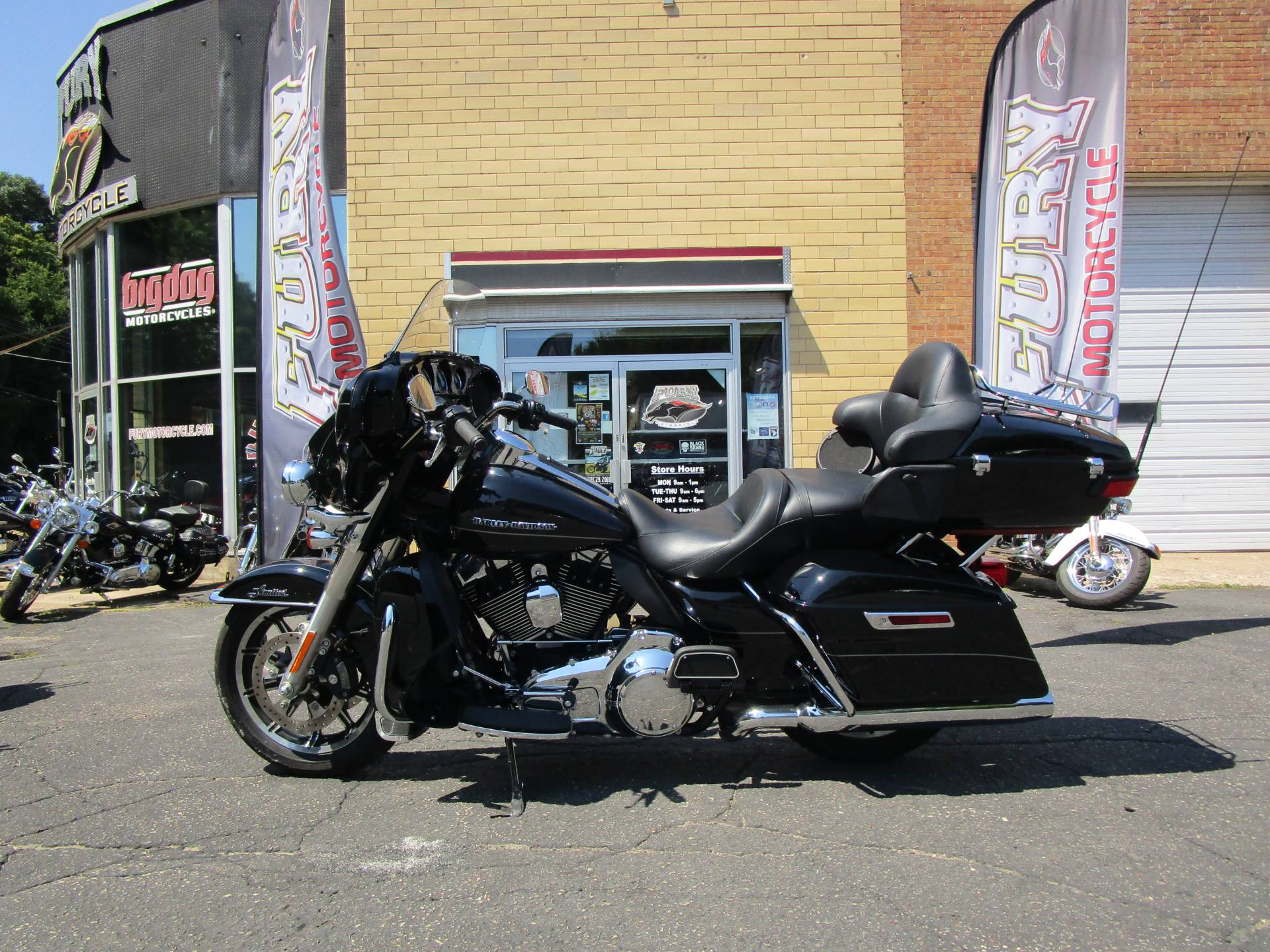 2016 Harley-Davidson Ultra Limited in South Saint Paul, Minnesota - Photo 2