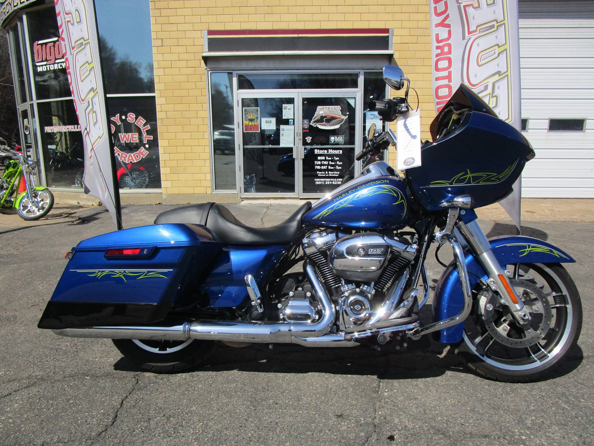 2017 Harley-Davidson Road Glide® Special in South Saint Paul, Minnesota - Photo 1