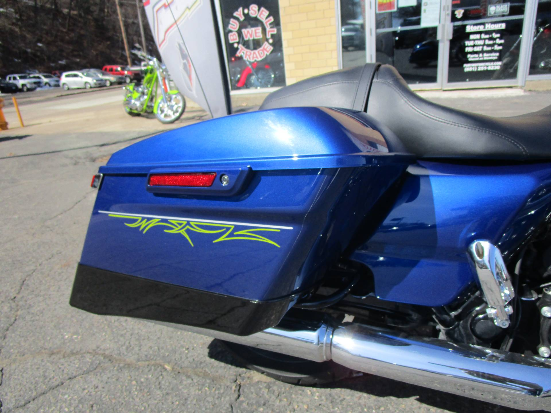 2017 Harley-Davidson Road Glide® Special in South Saint Paul, Minnesota - Photo 7