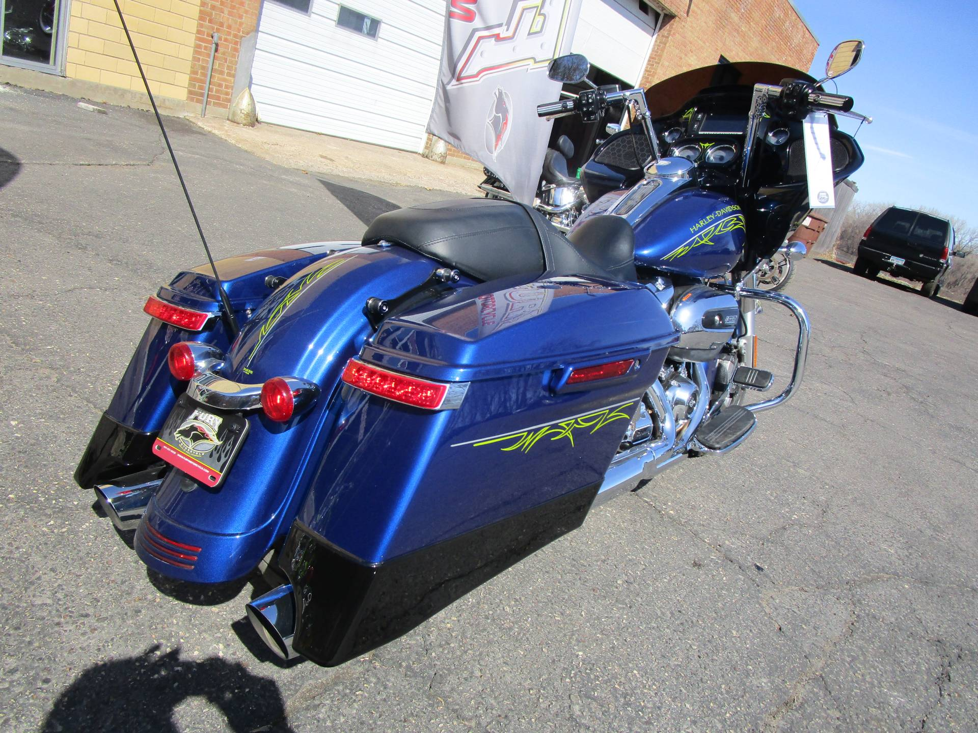 2017 Harley-Davidson Road Glide® Special in South Saint Paul, Minnesota - Photo 10