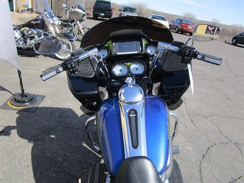 2017 Harley-Davidson Road Glide® Special in South Saint Paul, Minnesota - Photo 13