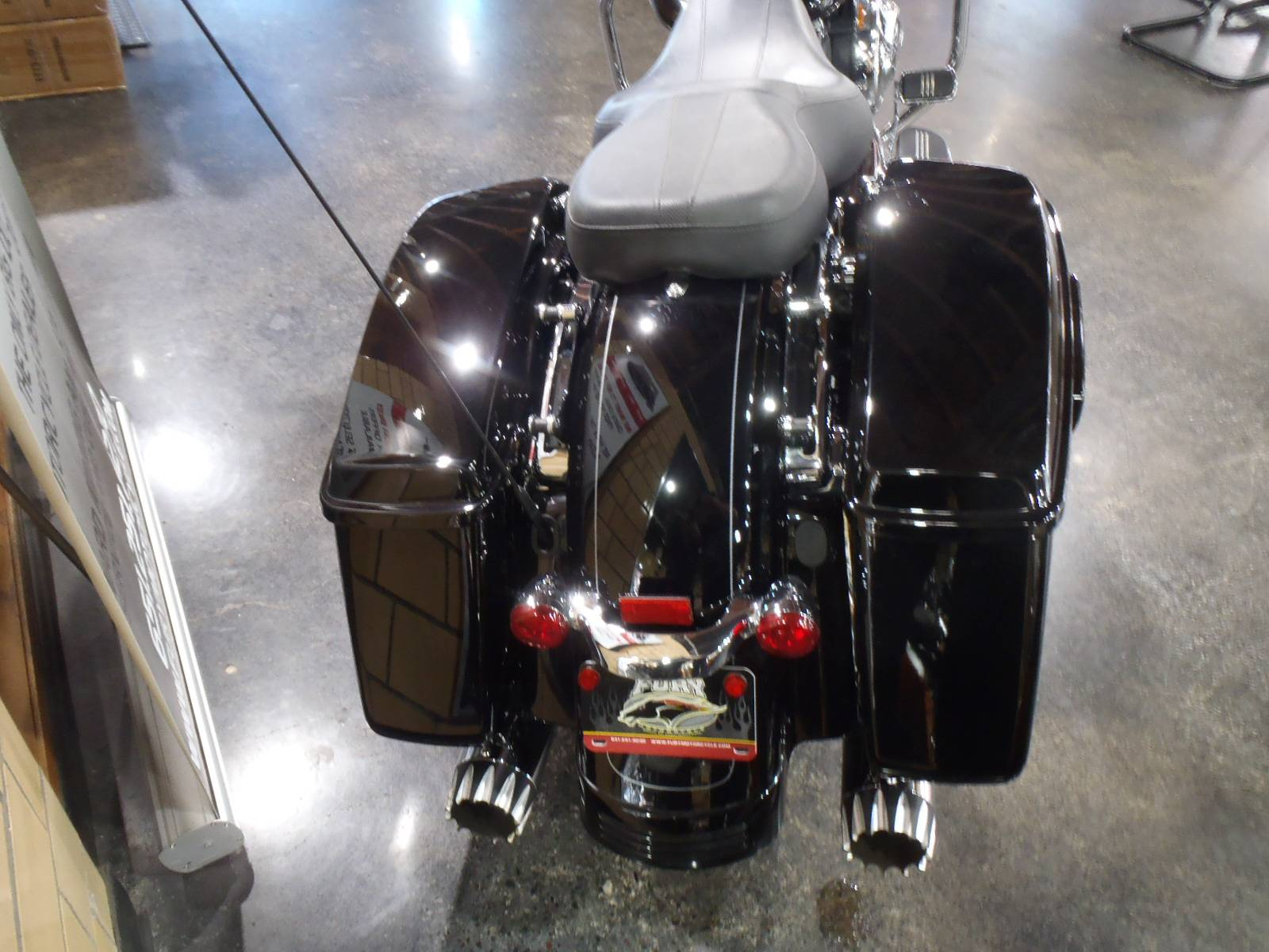 2015 Harley-Davidson Road Glide® Special in South Saint Paul, Minnesota - Photo 7