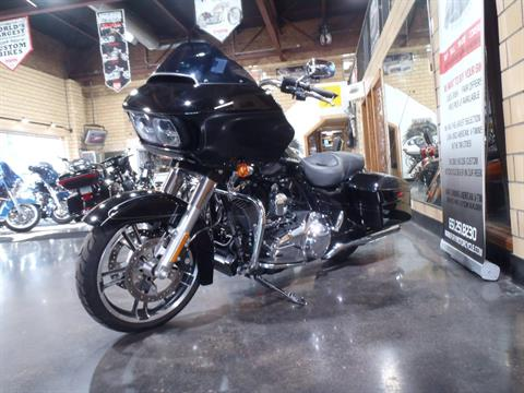 2015 Harley-Davidson Road Glide® Special in South Saint Paul, Minnesota - Photo 10