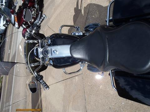 2010 Harley-Davidson Road King® in South Saint Paul, Minnesota - Photo 15