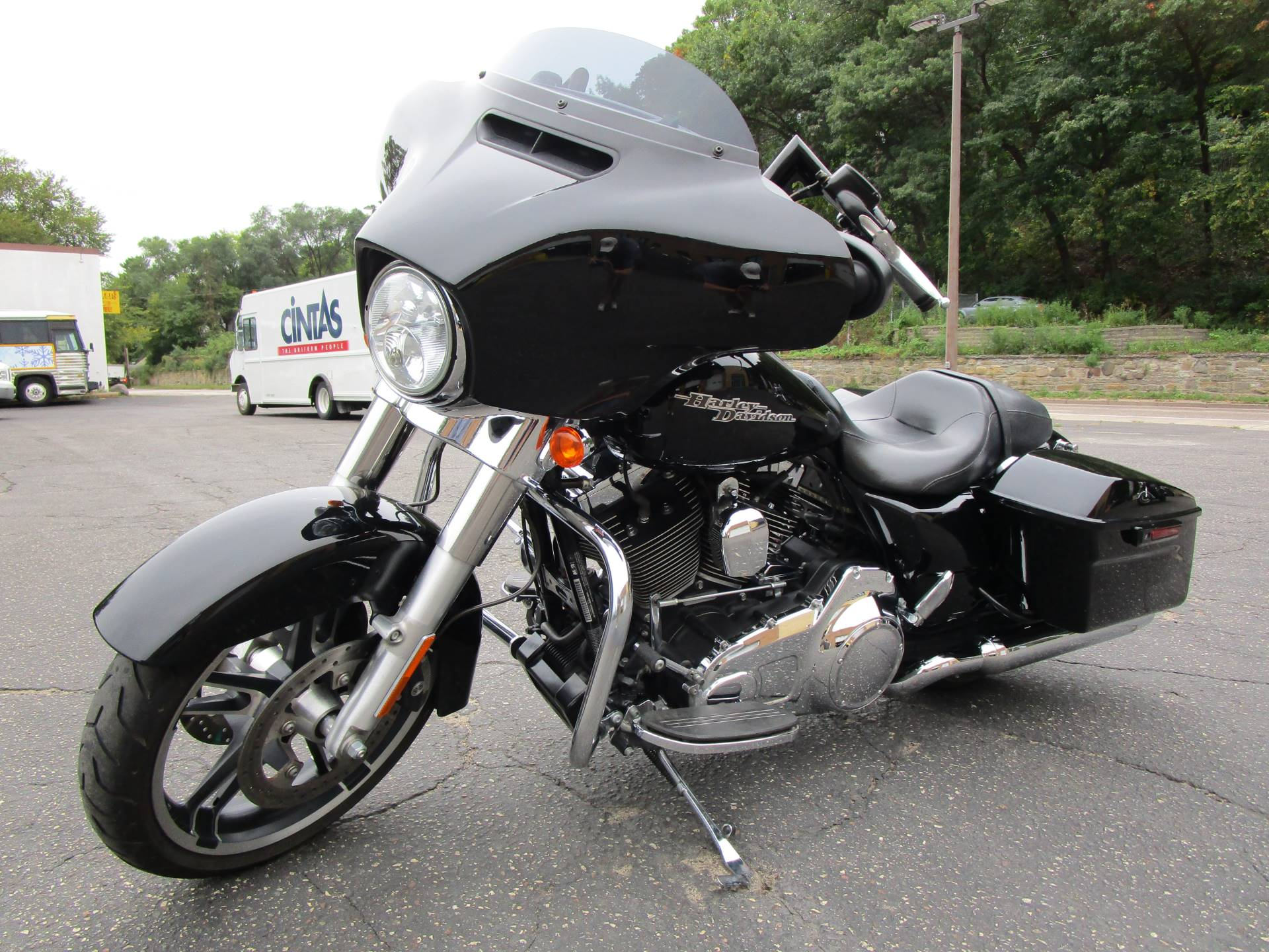 2016 Harley-Davidson Street Glide® in South Saint Paul, Minnesota