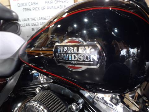 2011 Harley-Davidson Ultra Classic® Electra Glide® in South Saint Paul, Minnesota - Photo 6