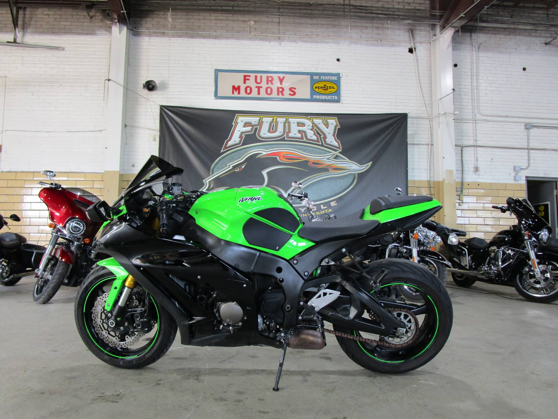 2015 Kawasaki NINJA ZX-10R in South Saint Paul, Minnesota - Photo 12