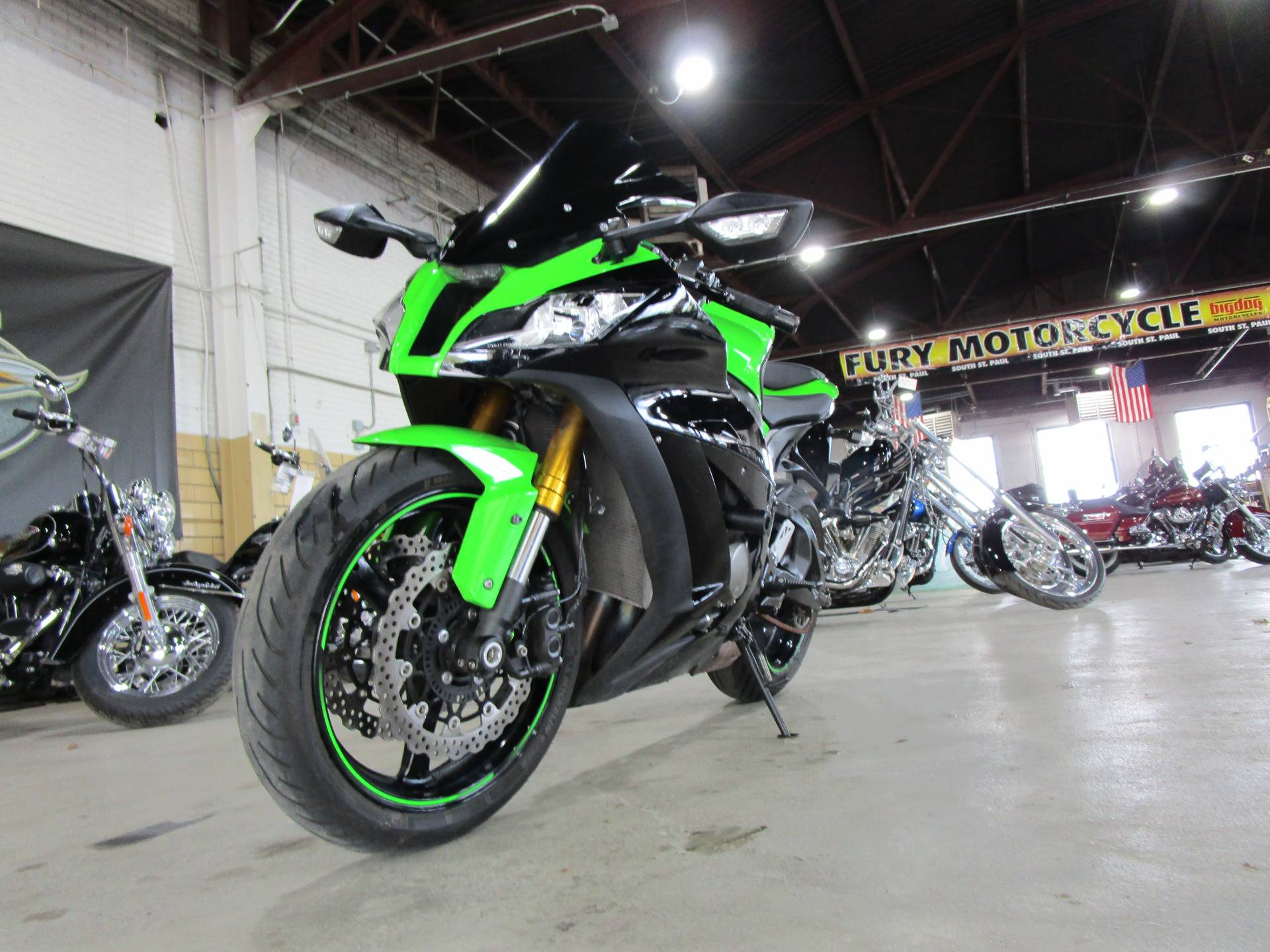 2015 Kawasaki NINJA ZX-10R in South Saint Paul, Minnesota - Photo 19