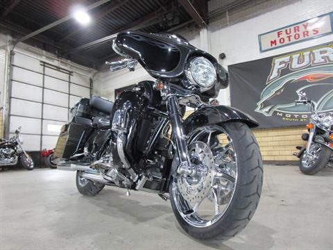 2012 Harley-Davidson CVO™ Street Glide® in South Saint Paul, Minnesota - Photo 5