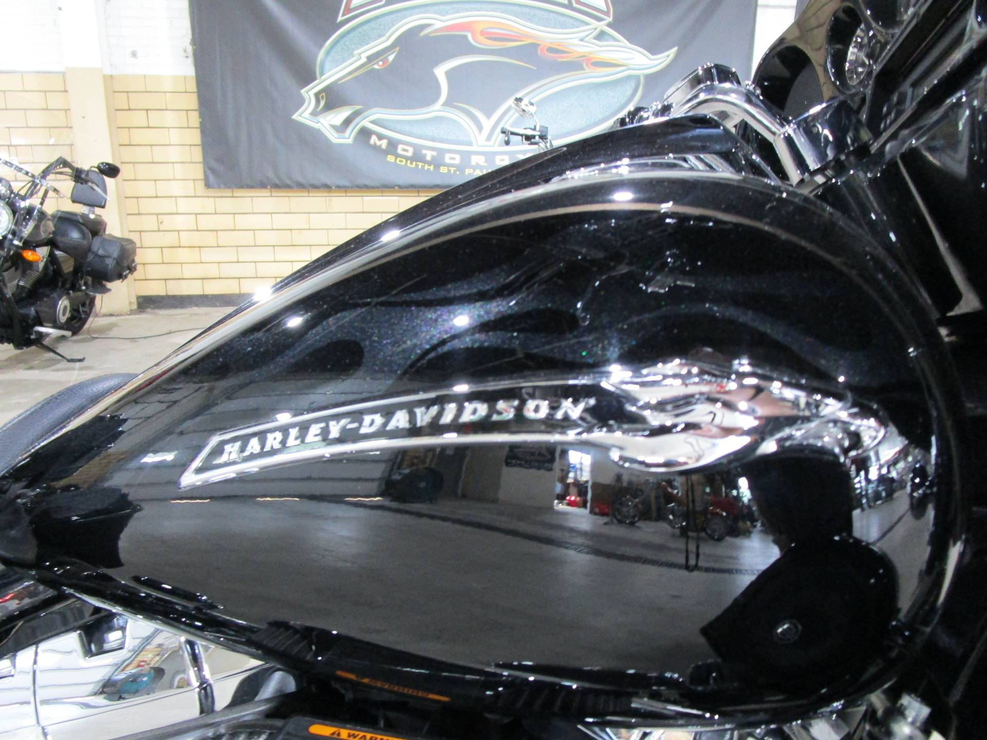 2012 Harley-Davidson CVO™ Street Glide® in South Saint Paul, Minnesota - Photo 6