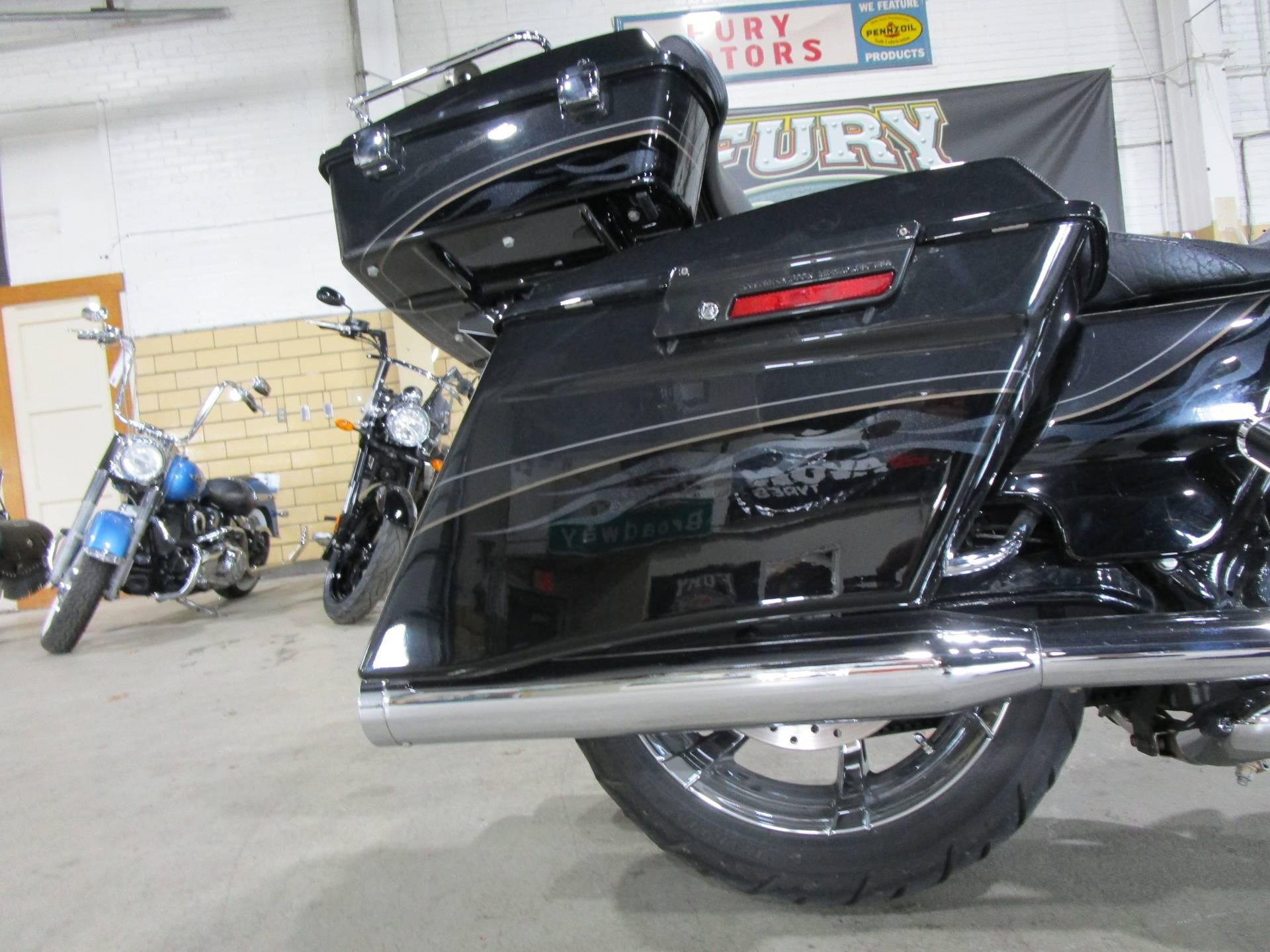 2012 Harley-Davidson CVO™ Street Glide® in South Saint Paul, Minnesota - Photo 11