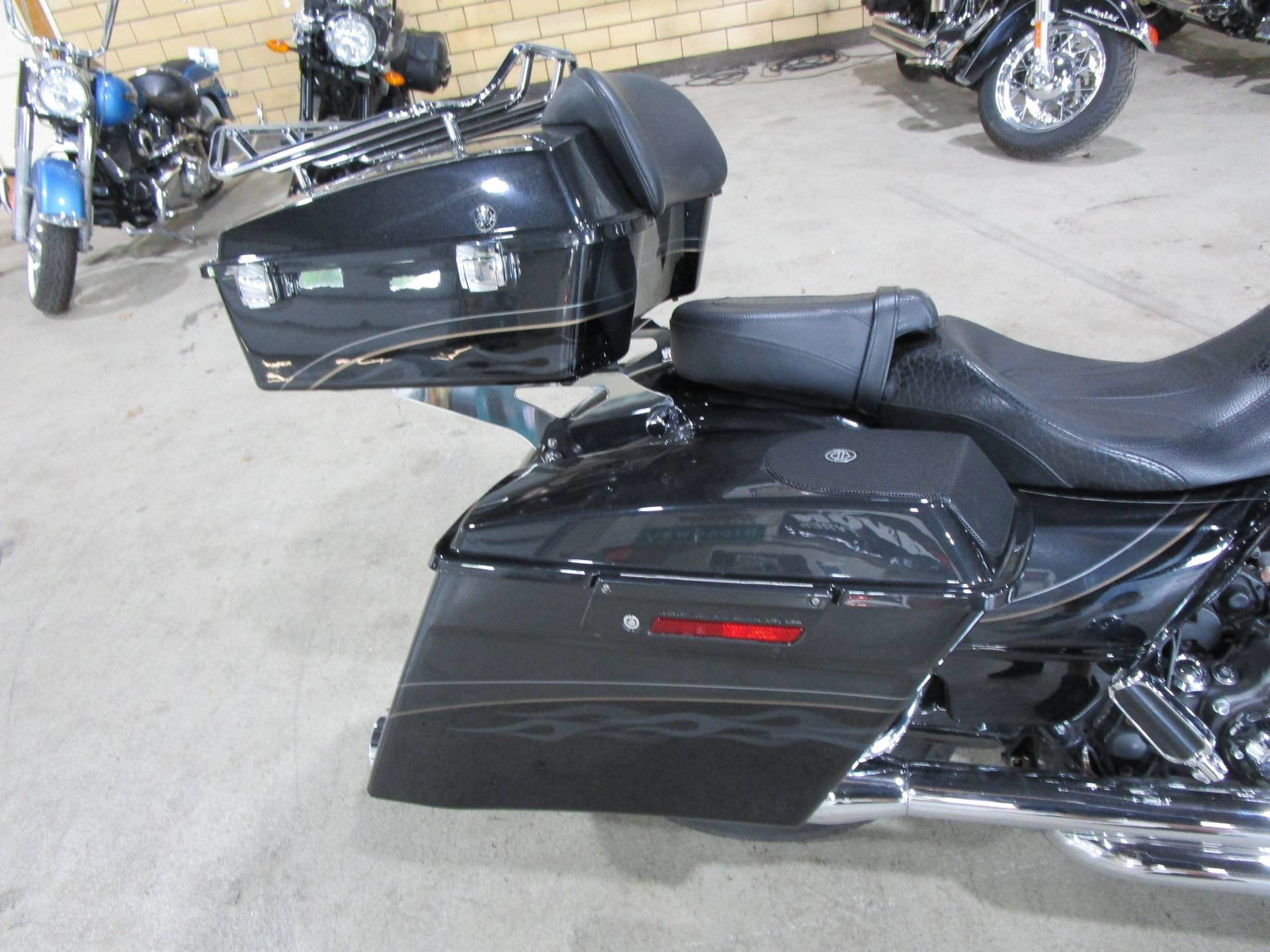 2012 Harley-Davidson CVO™ Street Glide® in South Saint Paul, Minnesota - Photo 12