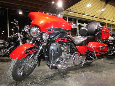 2010 Harley-Davidson CVO™ Ultra Classic® Electra Glide® in South Saint Paul, Minnesota