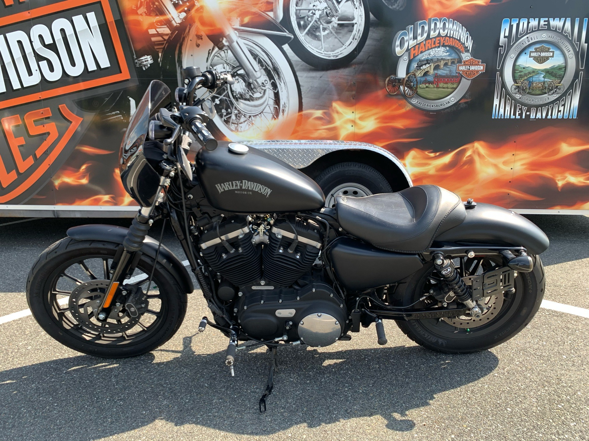 2015 Harley-Davidson Iron 883™ in Fredericksburg, Virginia - Photo 16