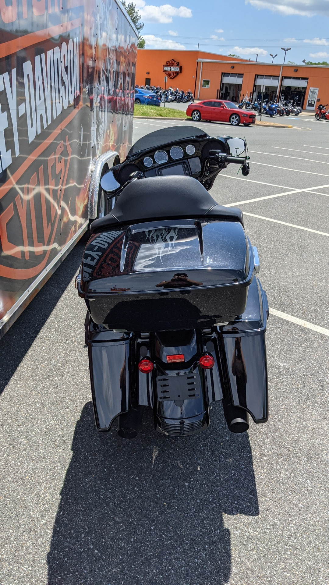 2018 Harley-Davidson Street Glide® Special in Fredericksburg, Virginia - Photo 9