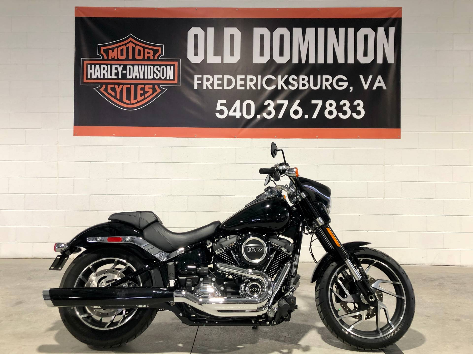 2018 Harley-Davidson Sport Glide® in Fredericksburg, Virginia - Photo 1