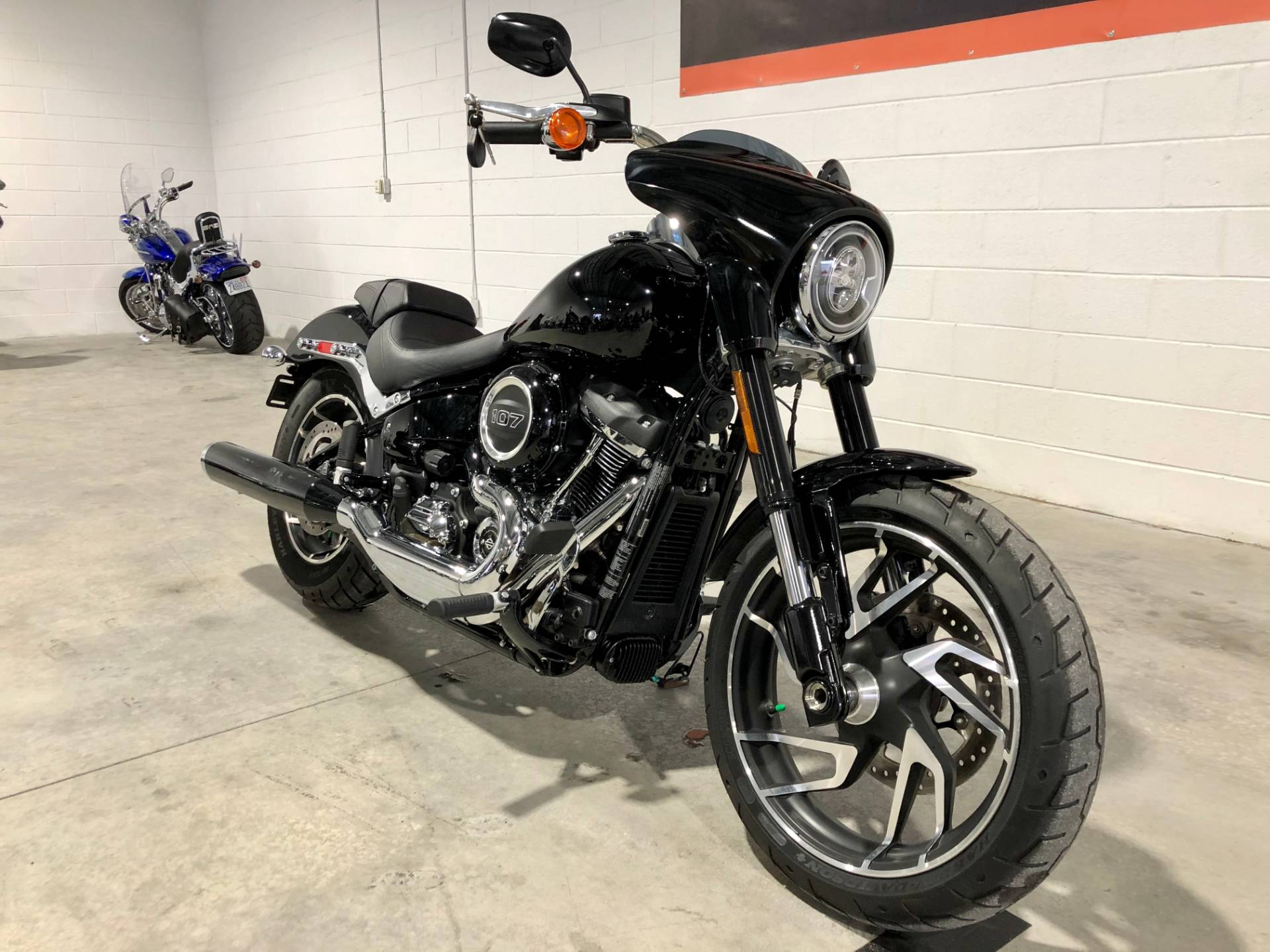 2018 Harley-Davidson Sport Glide® in Fredericksburg, Virginia - Photo 3