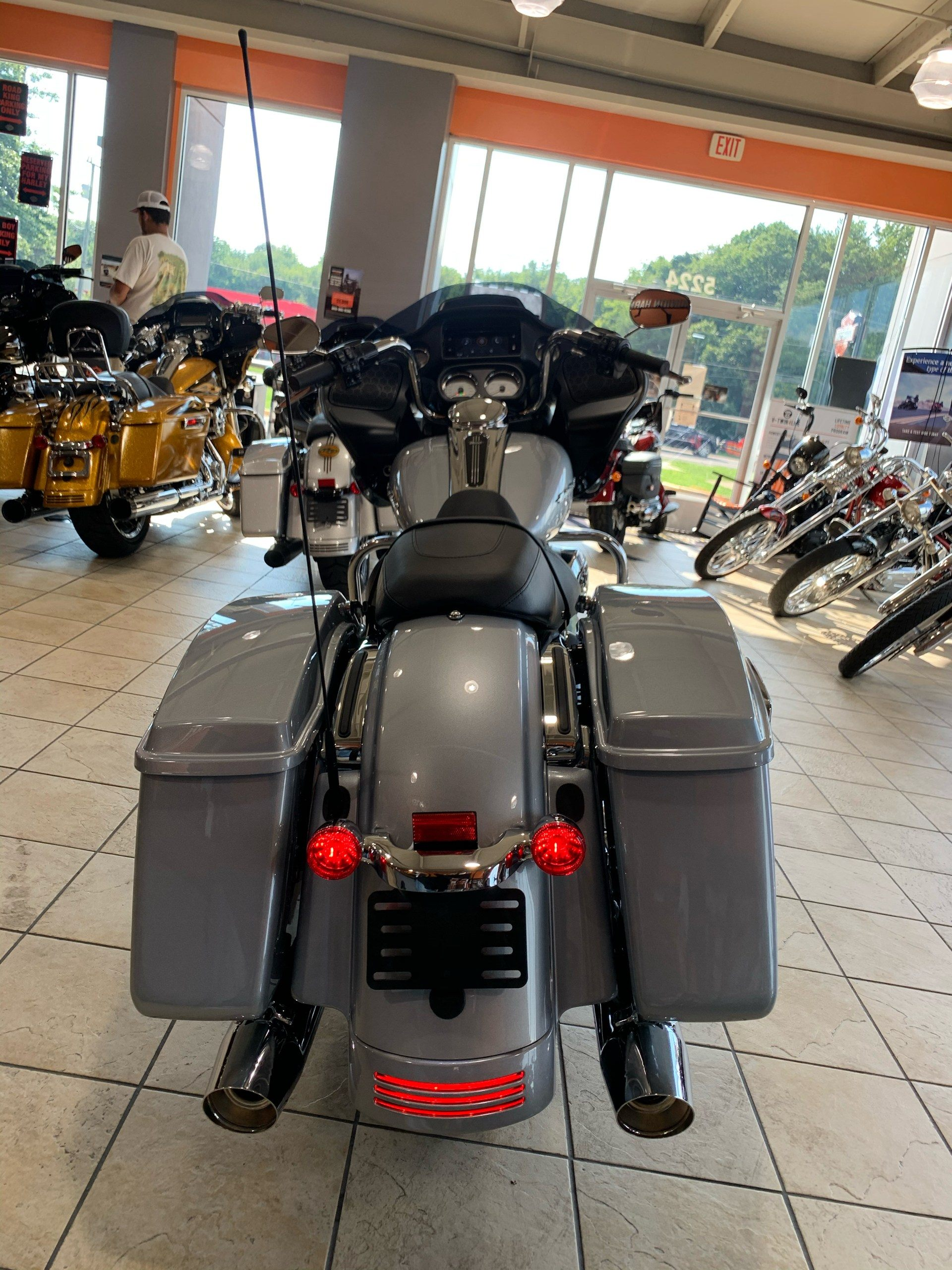 2020 Harley-Davidson Road Glide® in Fredericksburg, Virginia - Photo 8