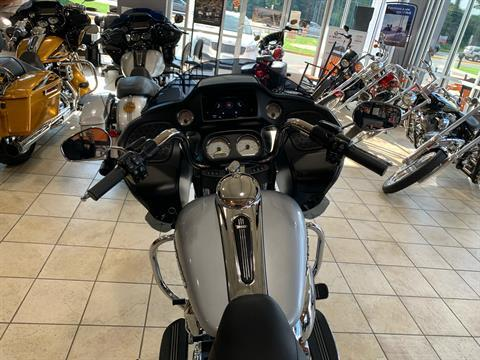 2020 Harley-Davidson Road Glide® in Fredericksburg, Virginia - Photo 9