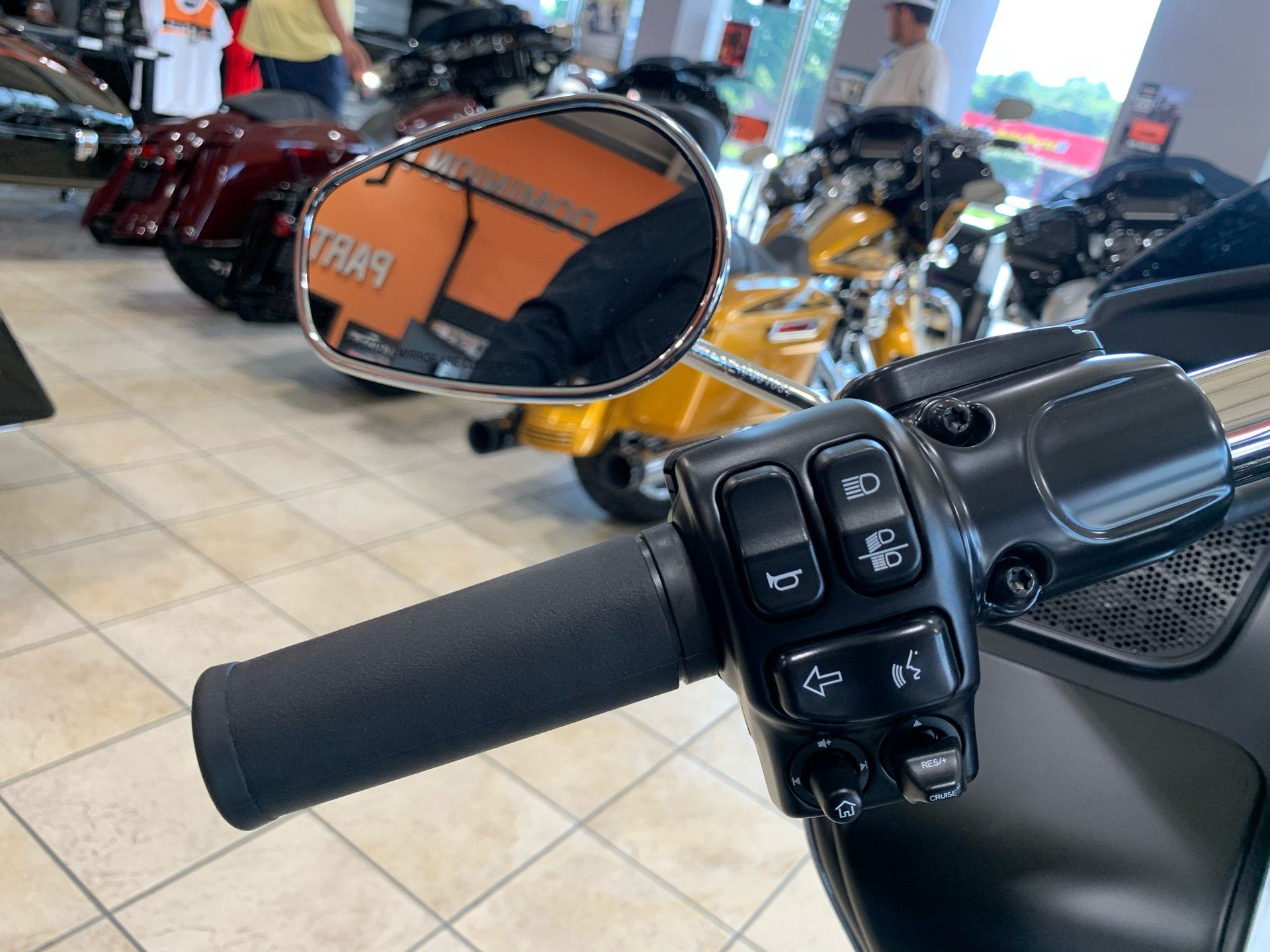 2020 Harley-Davidson Road Glide® in Fredericksburg, Virginia - Photo 12
