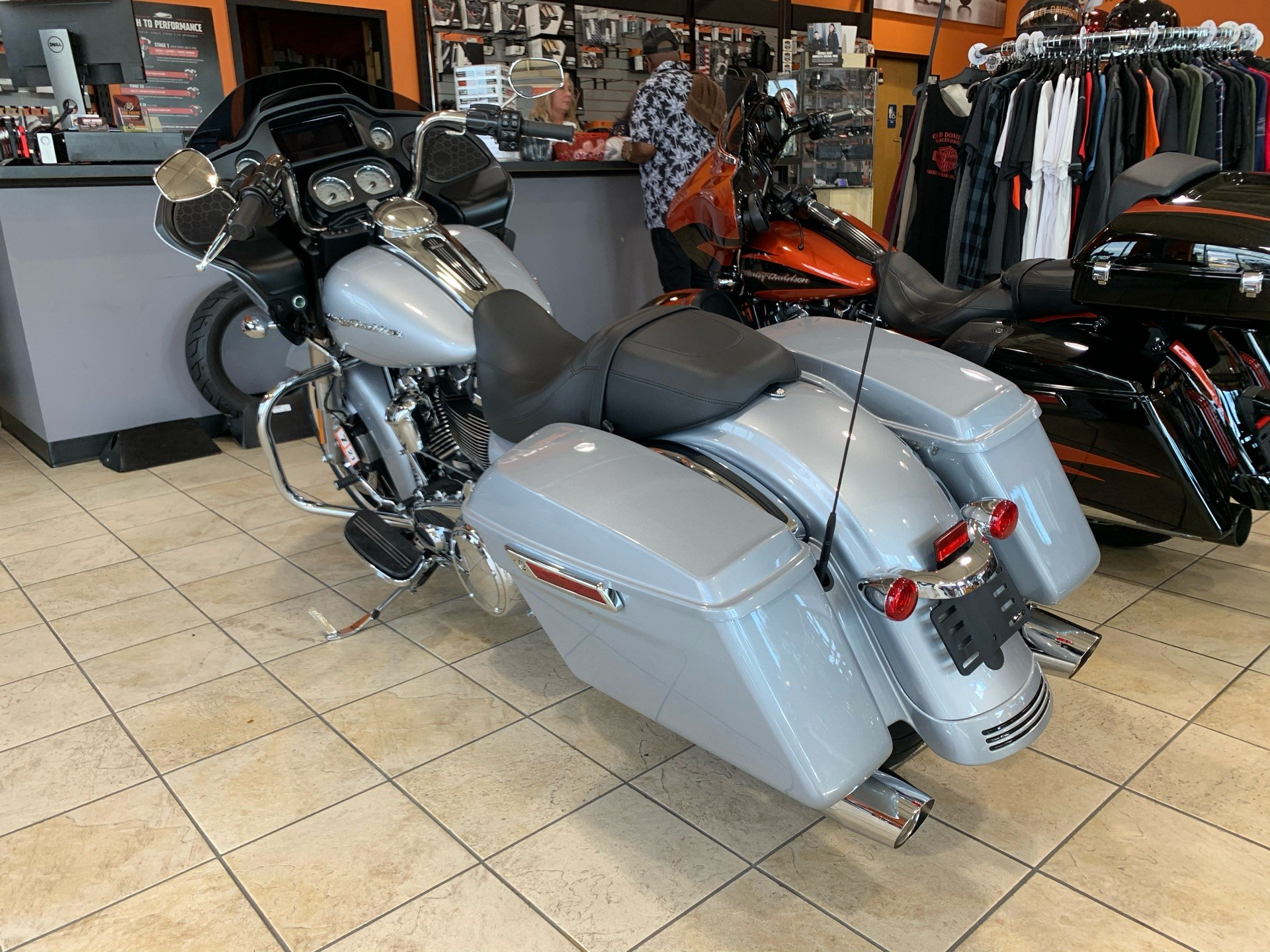 2020 Harley-Davidson Road Glide® in Fredericksburg, Virginia - Photo 21