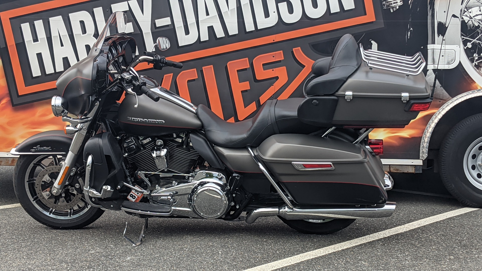 2018 Harley-Davidson Ultra Limited Low in Fredericksburg, Virginia - Photo 2