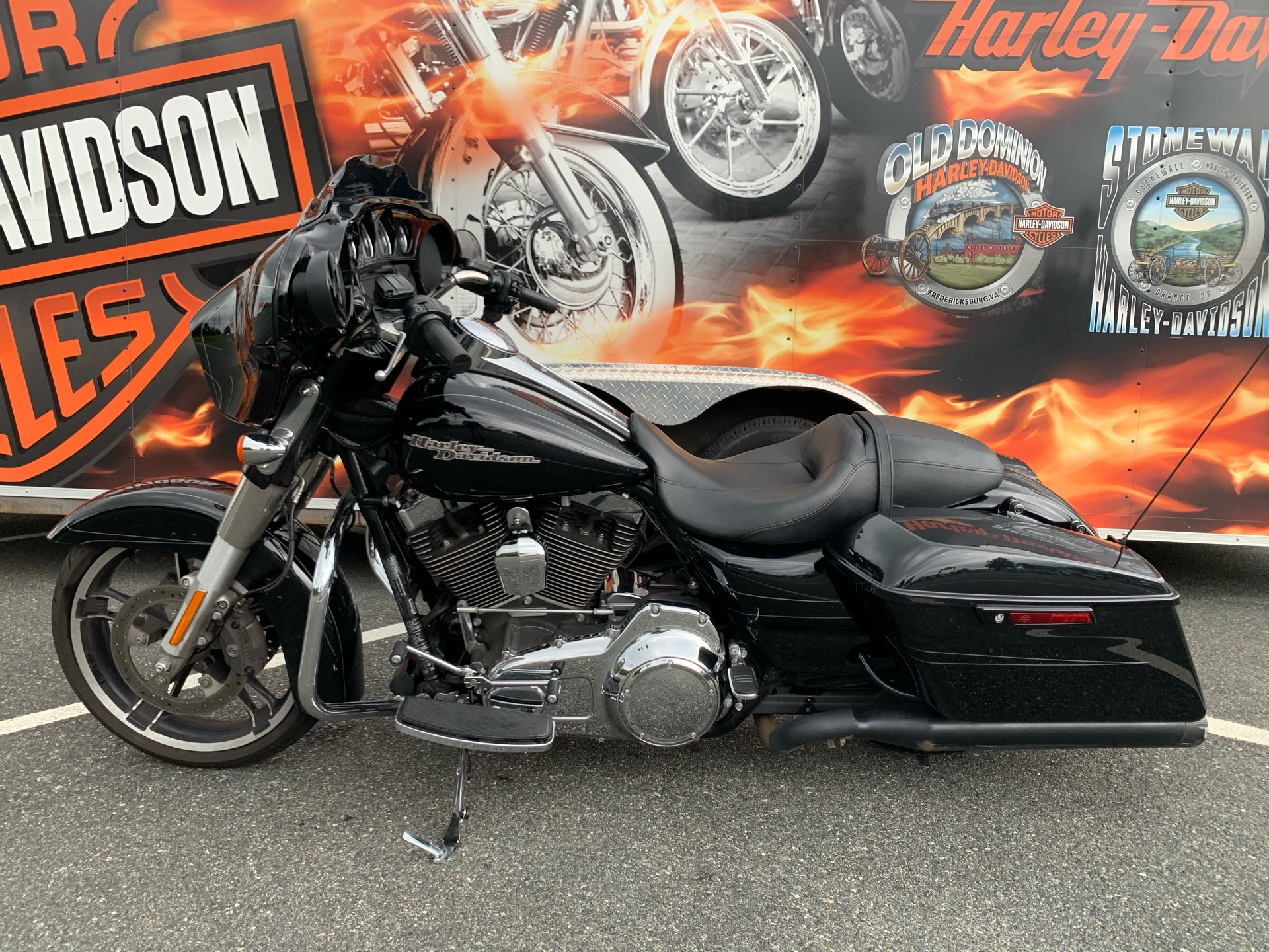 2016 Harley-Davidson Street Glide® Special in Fredericksburg, Virginia - Photo 16