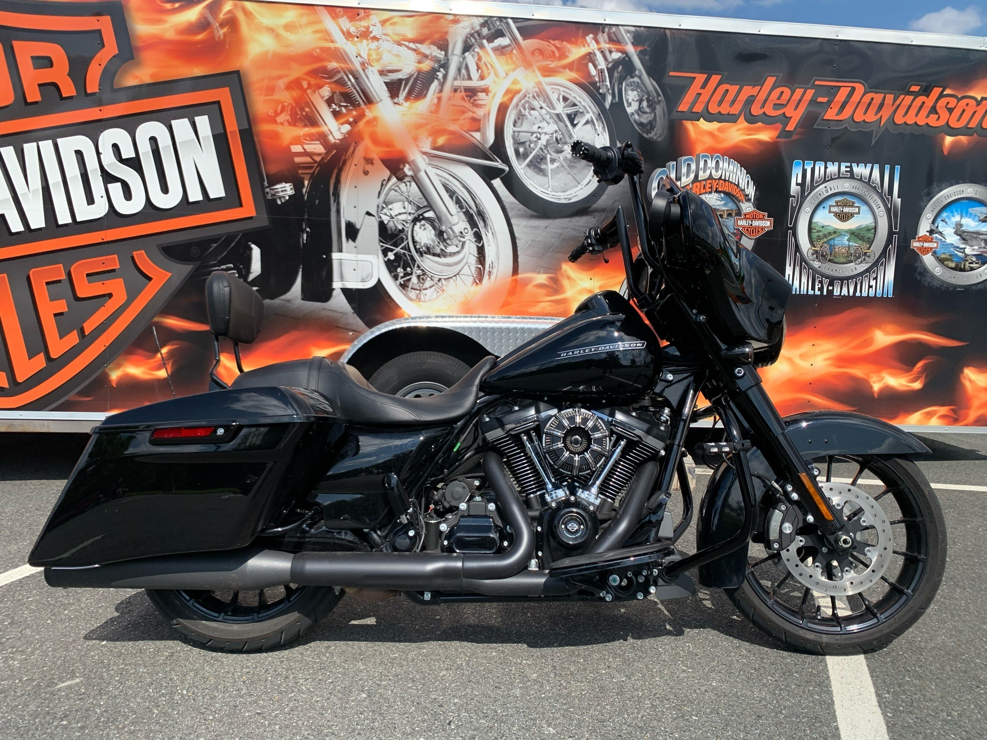 2019 Harley-Davidson Street Glide® Special in Fredericksburg, Virginia - Photo 1