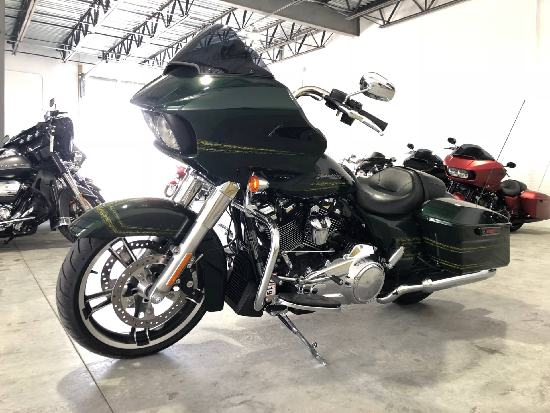 2019 Harley-Davidson Road Glide® in Fredericksburg, Virginia - Photo 7