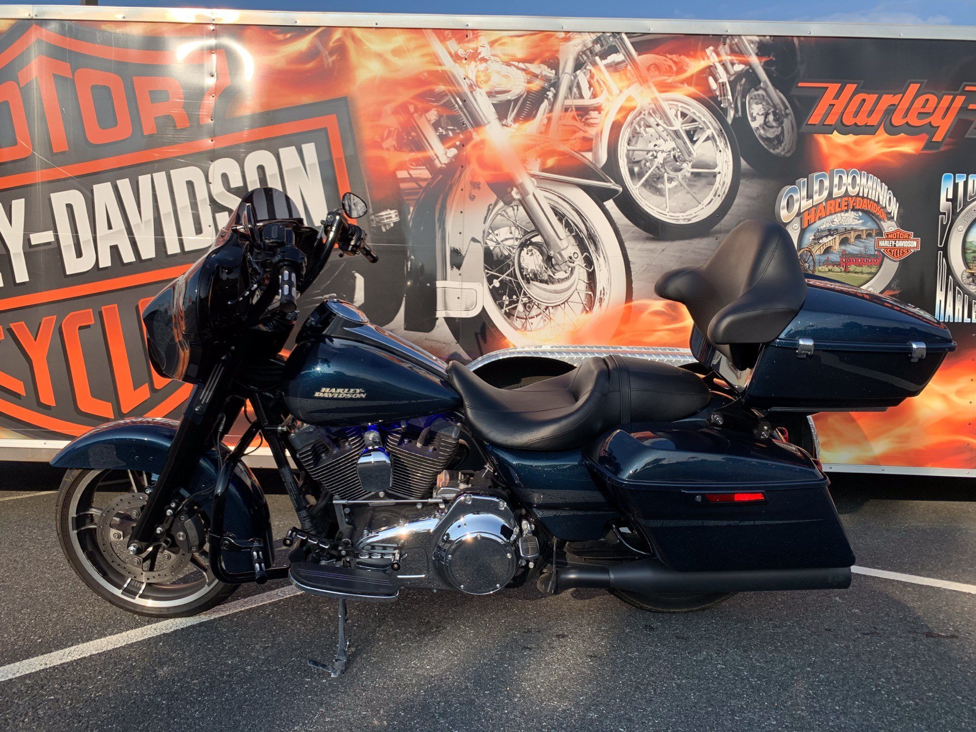 2016 Harley-Davidson Street Glide® Special in Fredericksburg, Virginia - Photo 20