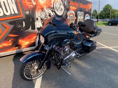 2016 Harley-Davidson Street Glide® Special in Fredericksburg, Virginia - Photo 25