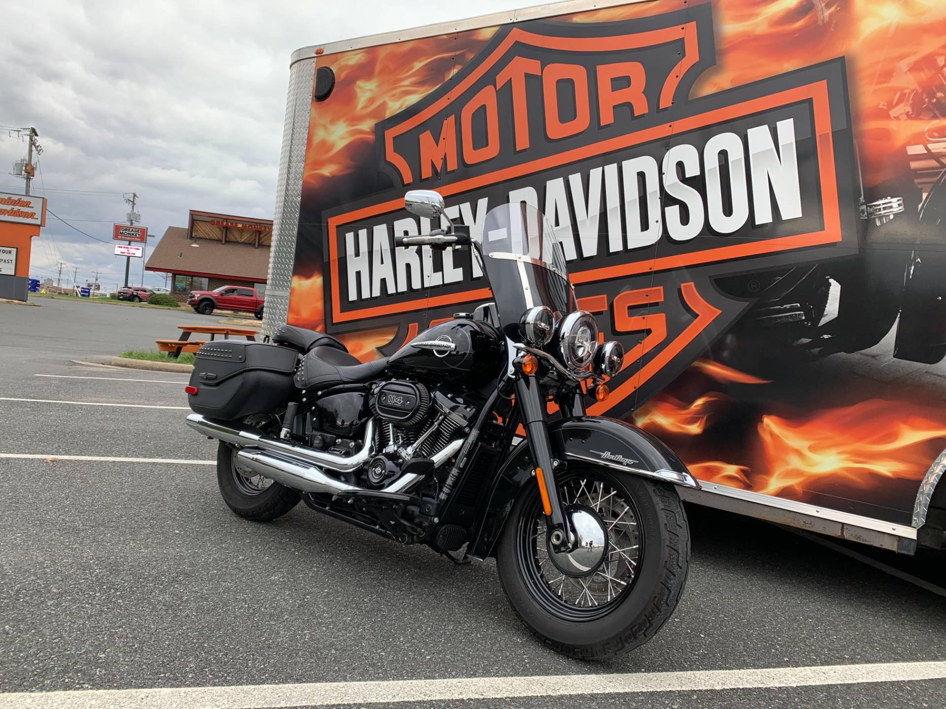 2018 Harley-Davidson Heritage Classic 114 in Fredericksburg, Virginia - Photo 2