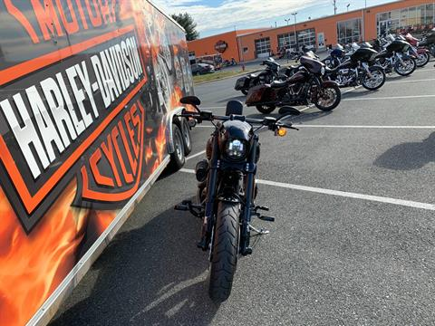 2016 Harley-Davidson CVO™ Pro Street Breakout® in Fredericksburg, Virginia - Photo 9
