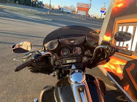 2011 Harley-Davidson Electra Glide® Ultra Limited in Fredericksburg, Virginia - Photo 12
