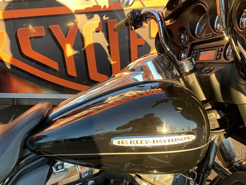 2011 Harley-Davidson Electra Glide® Ultra Limited in Fredericksburg, Virginia - Photo 7