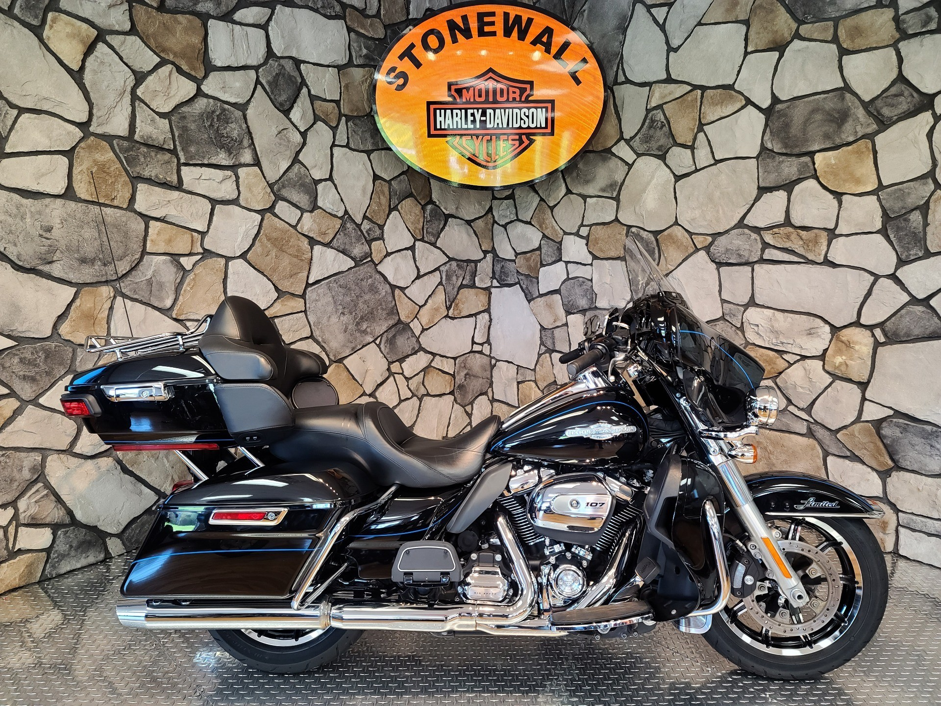 2017 Harley-Davidson Ultra Limited in Orange, Virginia - Photo 1