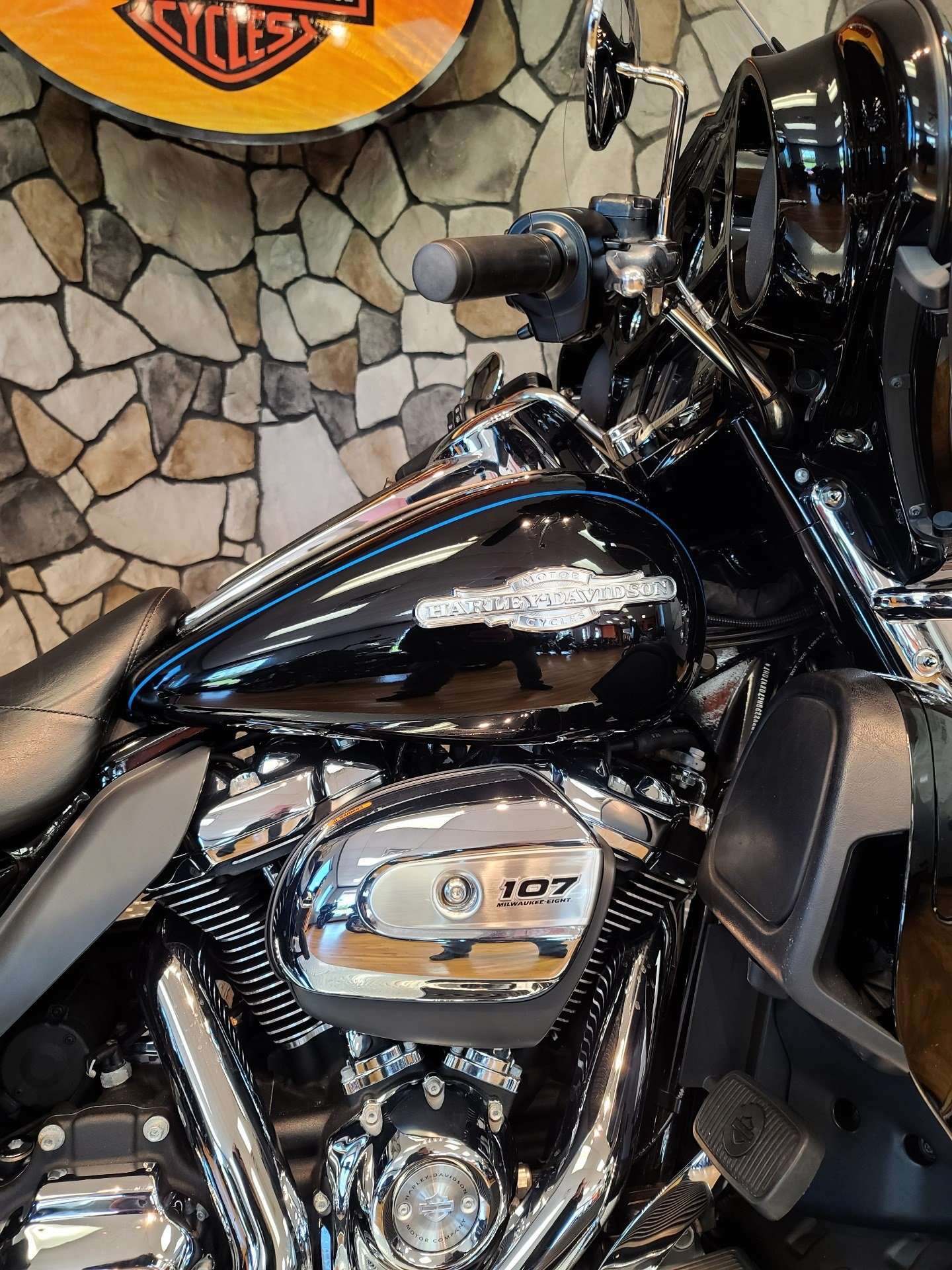 2017 Harley-Davidson Ultra Limited in Orange, Virginia - Photo 3