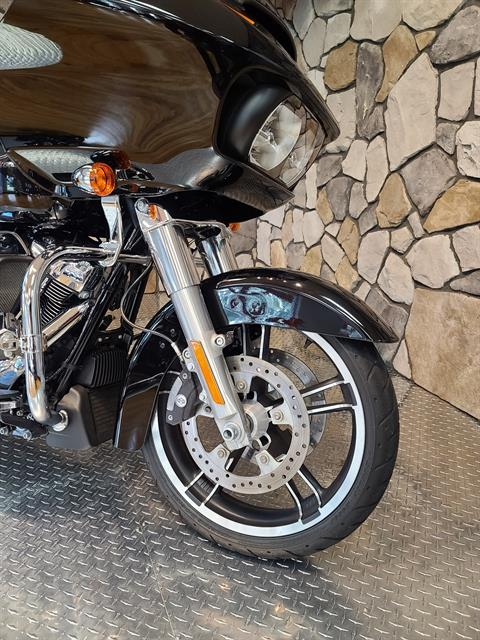 2017 Harley-Davidson Road Glide® in Orange, Virginia - Photo 2