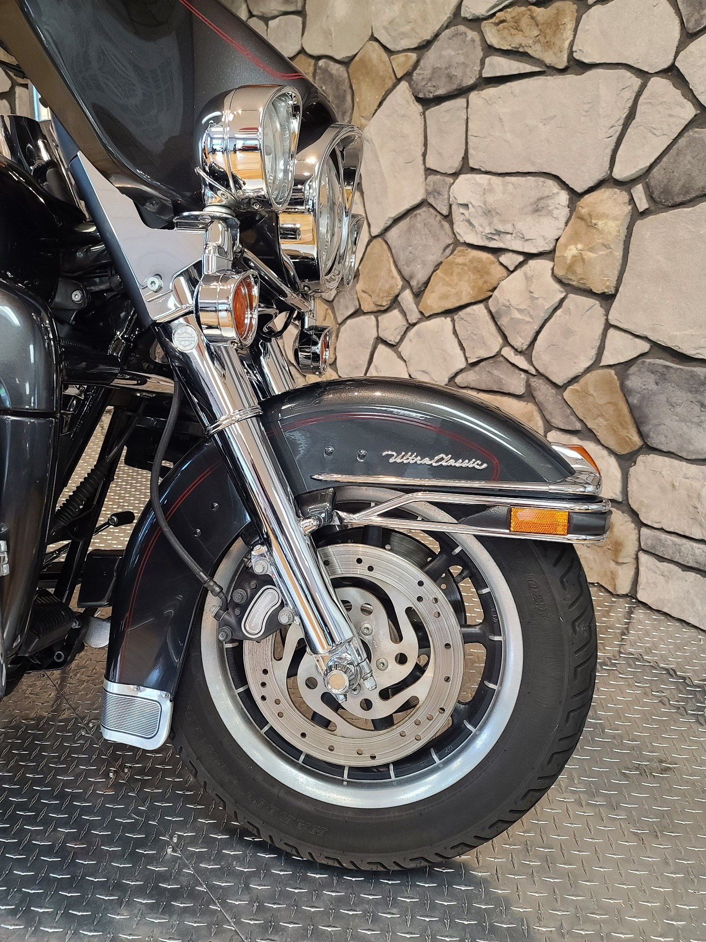 2006 Harley-Davidson Ultra Classic® Electra Glide® in Orange, Virginia - Photo 2