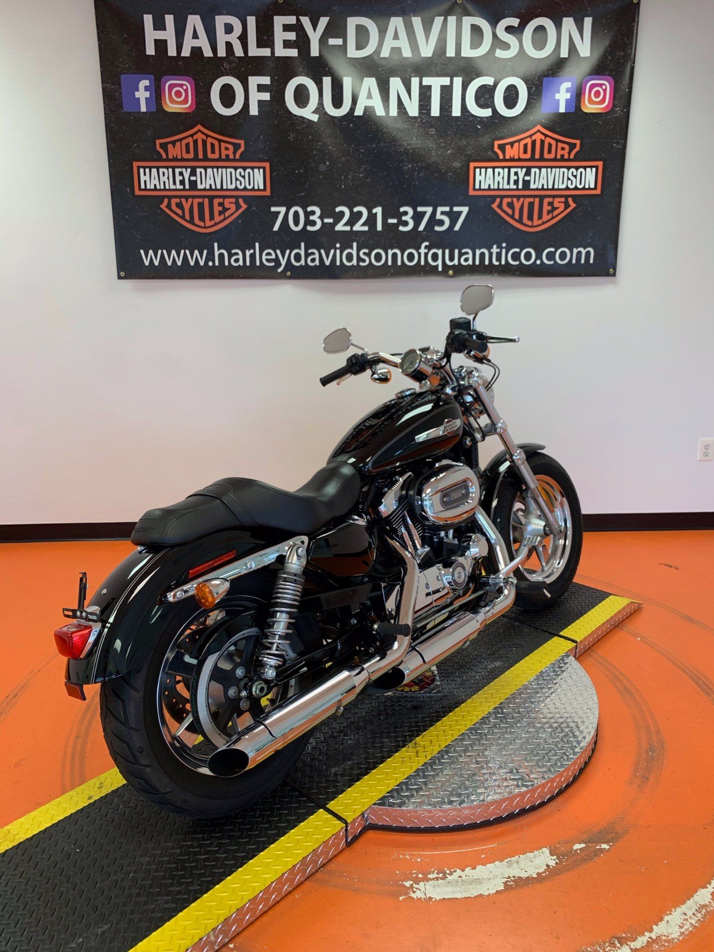 2016 Harley-Davidson 1200 Custom in Dumfries, Virginia - Photo 20