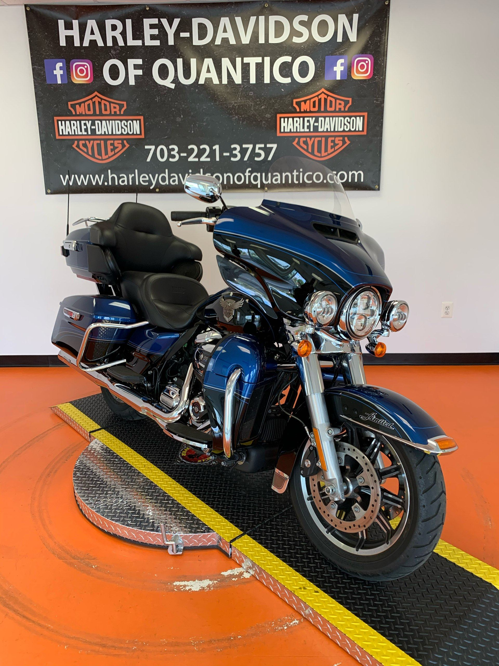 2018 Harley-Davidson 115th Anniversary Ultra Limited in Dumfries, Virginia - Photo 5