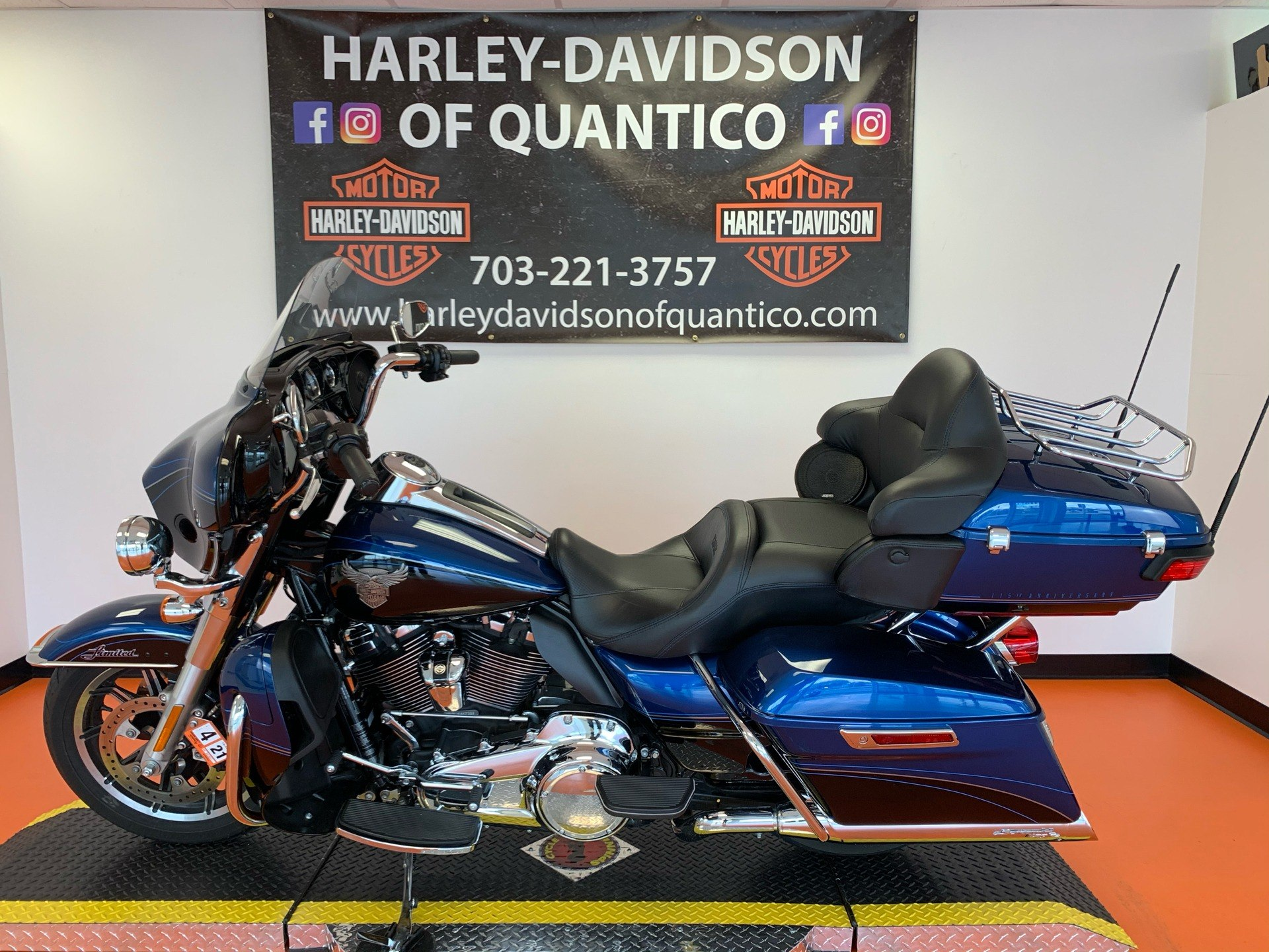 2018 Harley-Davidson 115th Anniversary Ultra Limited in Dumfries, Virginia - Photo 9