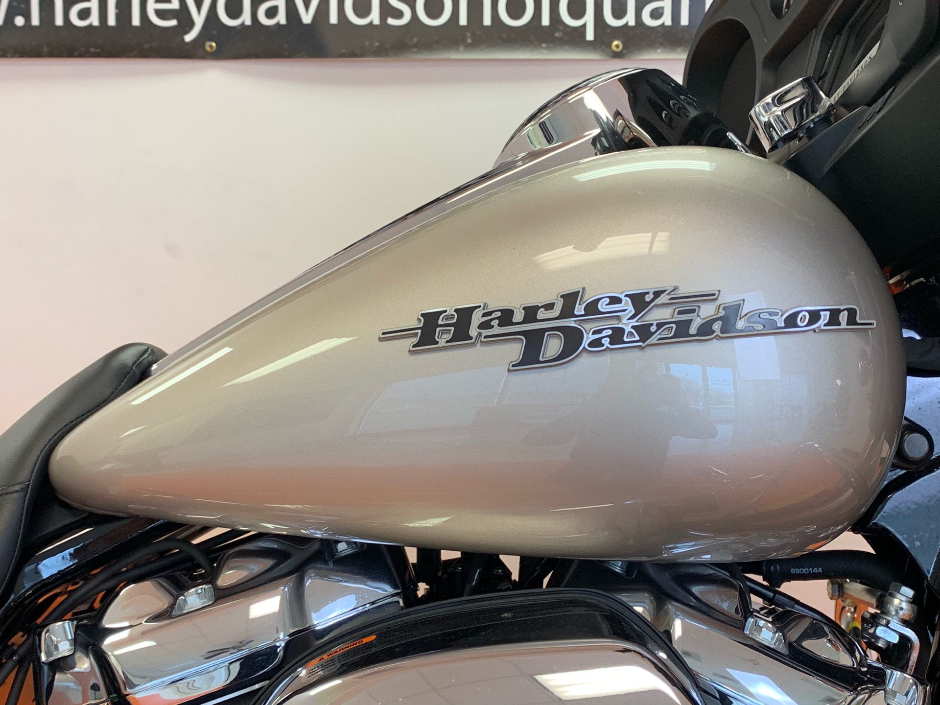 2018 Harley-Davidson Street Glide® in Dumfries, Virginia - Photo 2