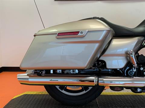 2018 Harley-Davidson Street Glide® in Dumfries, Virginia - Photo 5