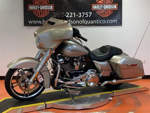 2018 Harley-Davidson Street Glide® in Dumfries, Virginia - Photo 9