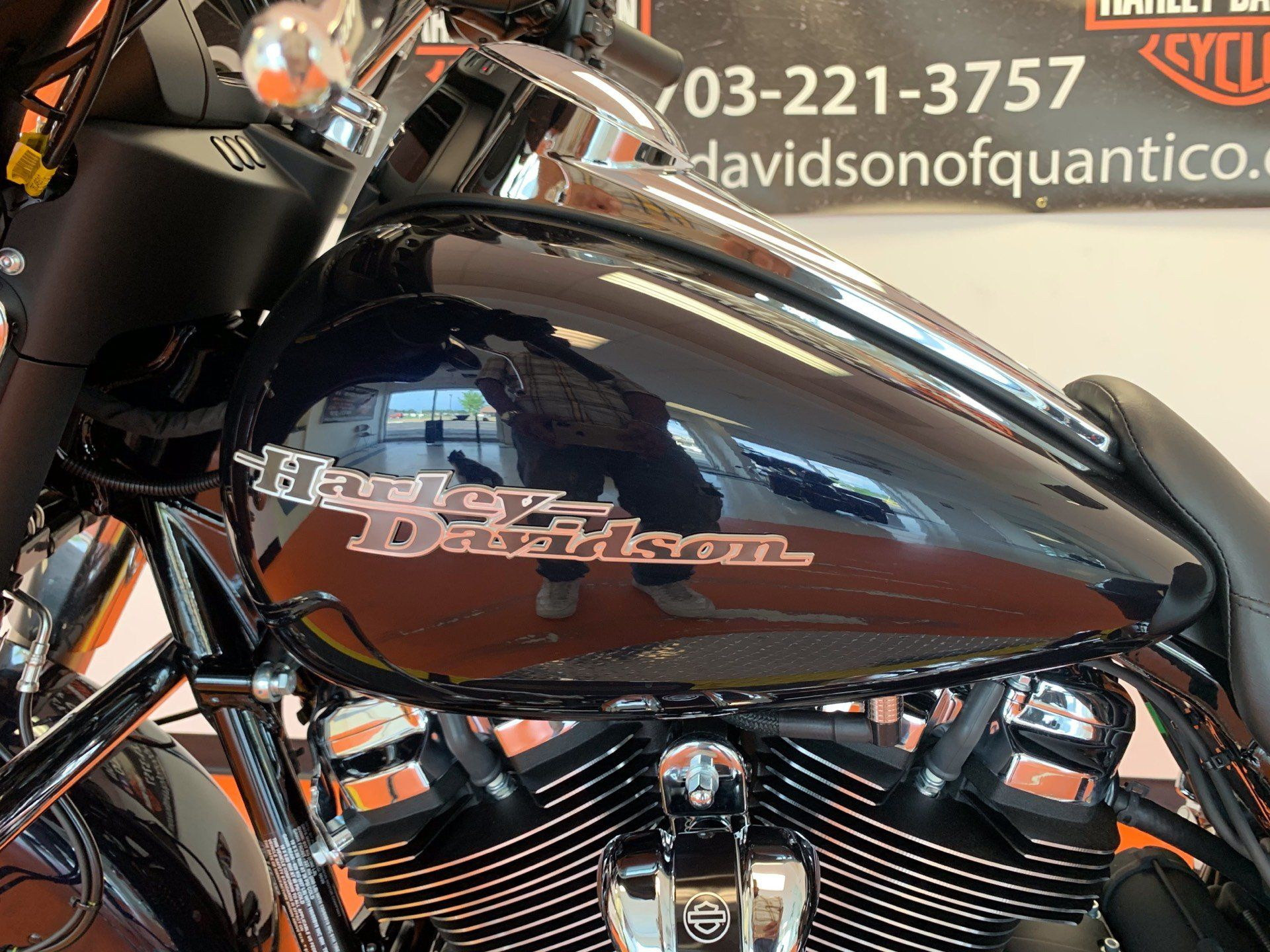 2020 Harley-Davidson Street Glide® in Dumfries, Virginia - Photo 11