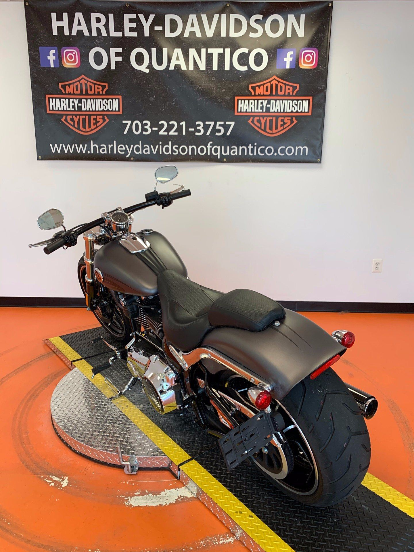 2016 Harley-Davidson Breakout® in Dumfries, Virginia - Photo 10