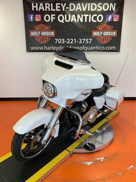 2017 Harley-Davidson Street Glide® Special in Dumfries, Virginia - Photo 9