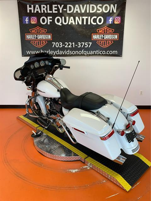 2017 Harley-Davidson Street Glide® Special in Dumfries, Virginia - Photo 15